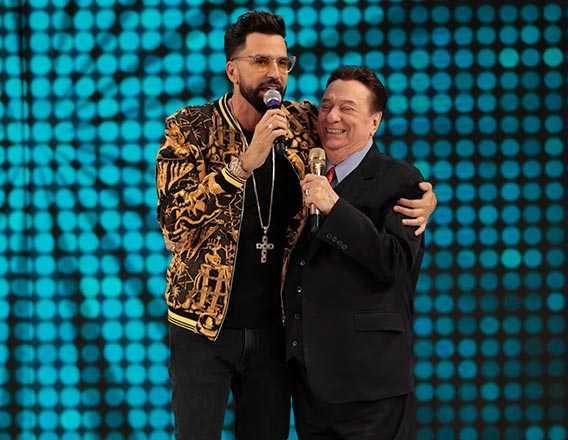 Latino com Raul Gil