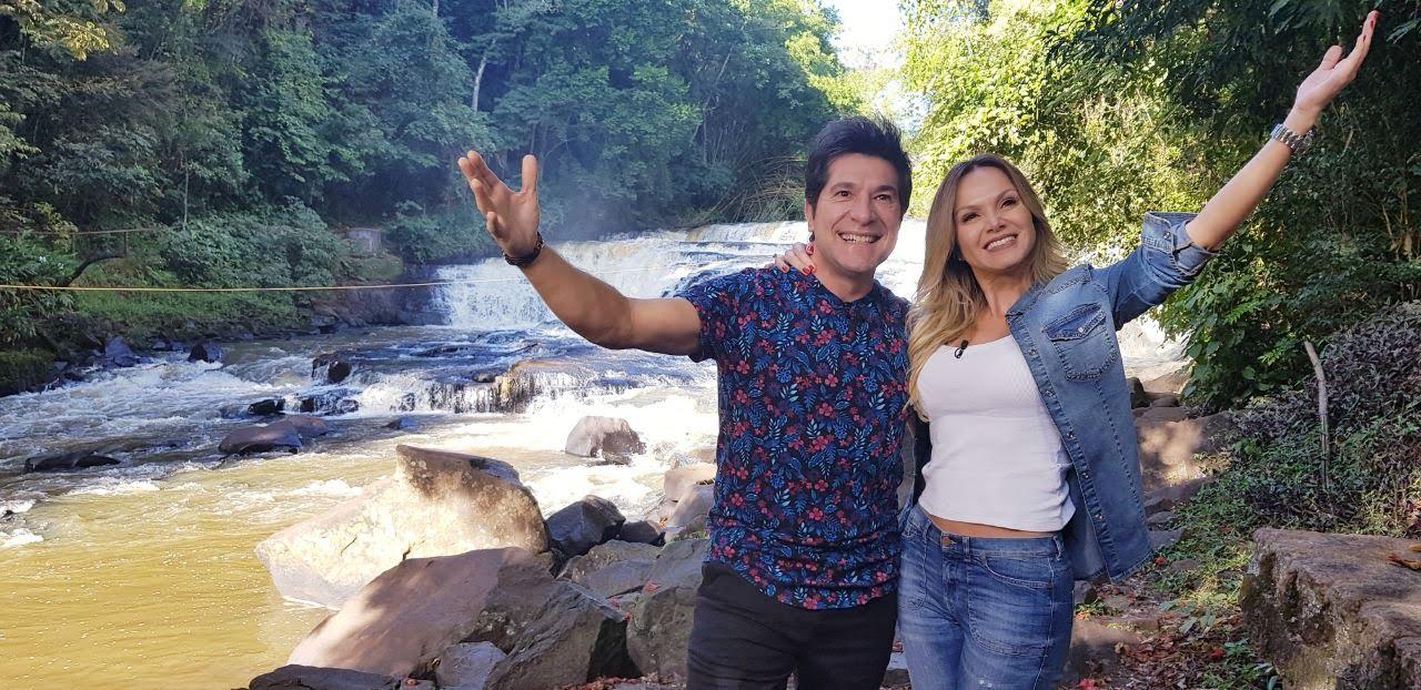 Eliana com o cantor Daniel