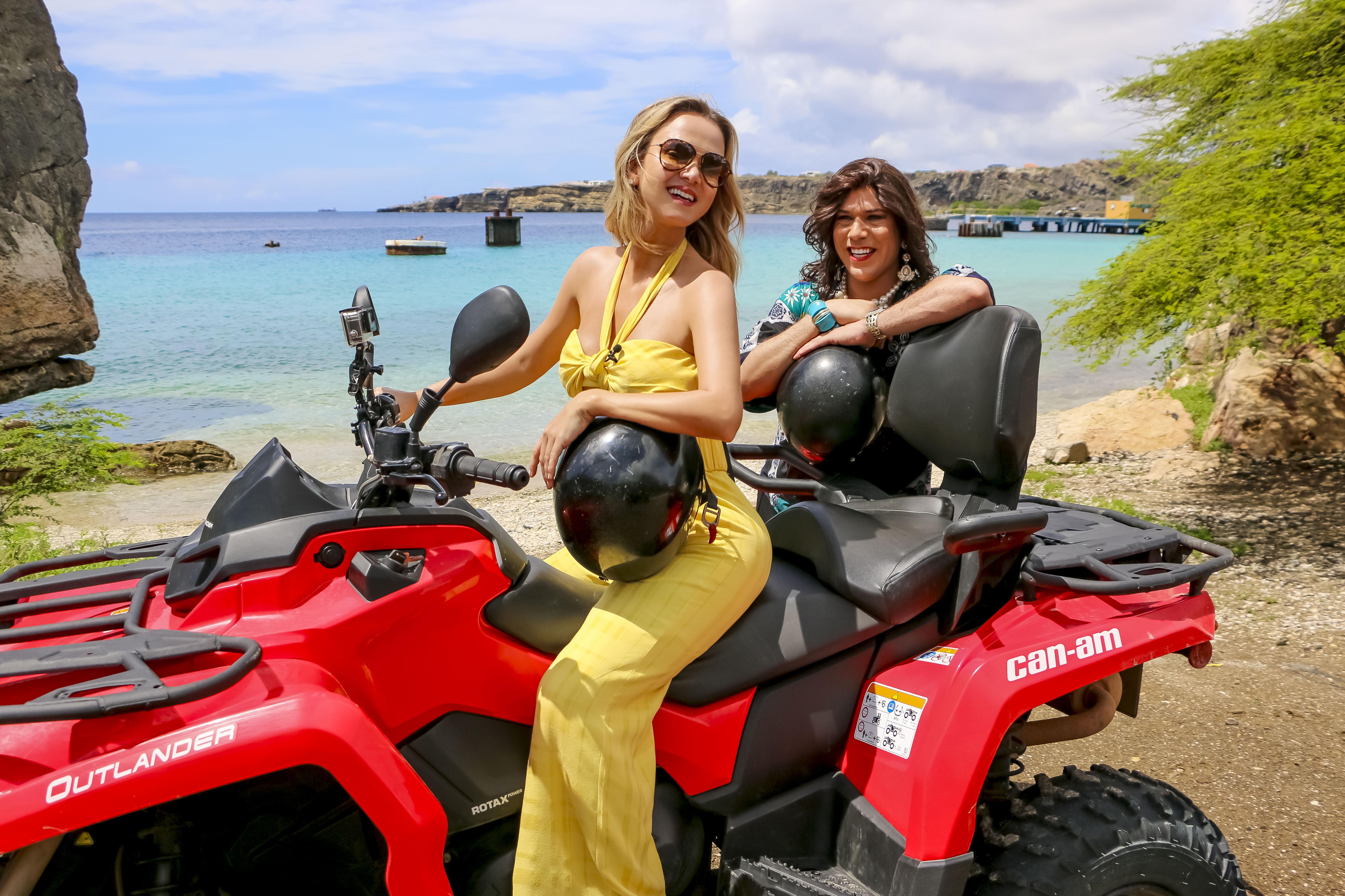 Eliana e Narcisa se aventuram por Curaçao, no Caribe