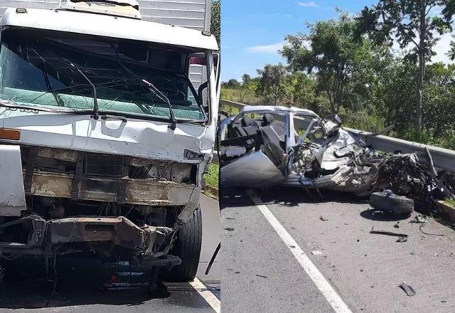 Acidente com carro e caminhão mata 5 na BR-135, em Minas Gerais