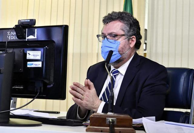 O agora é ex-ministro das Relações Exteriores, Ernesto Araújo | Foto: Waldemir Barreto/Agência Senado