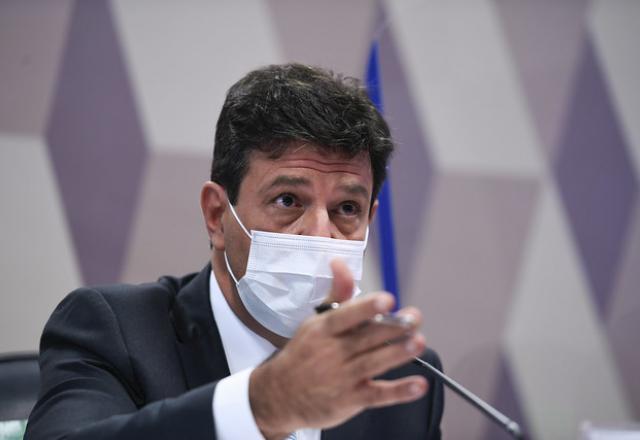 Na CPI, Mandetta disse que Presidência cogitou mudar bula da cloroquina - Congresso - SBT News