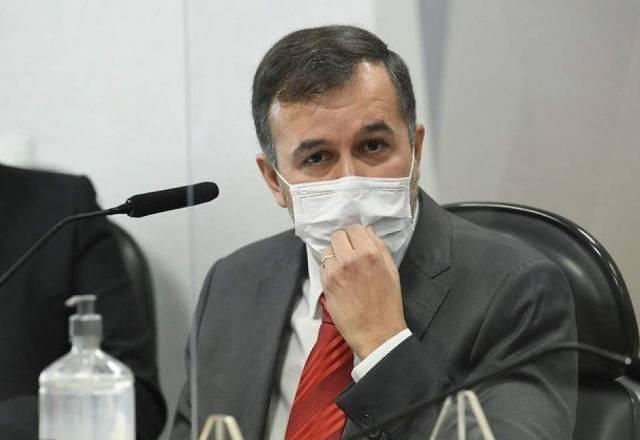 Autor de relatório falso do TCU sobre mortos por Covid é punido